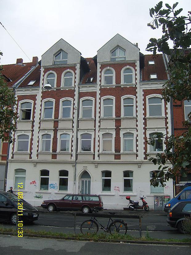 Sanierung/ Erweiterung eines Mehrfamilienhauses