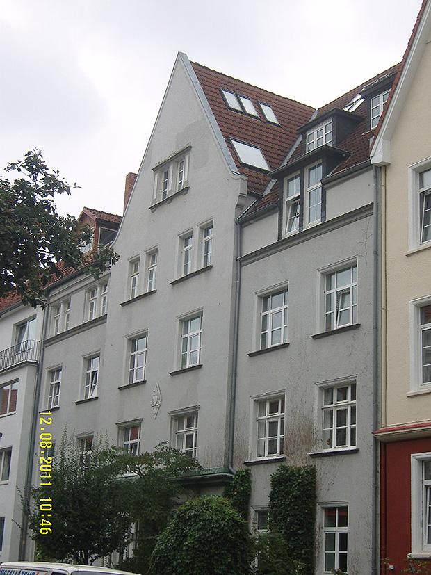 DG- Ausbau, Schwammsanierung und Balkonanbau an MFH in Hannover
